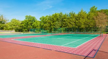 Tennis court facility